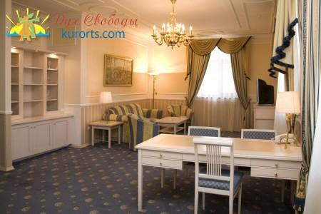 Отель Моцарт