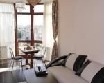 Квартира Тенистая 9/12 гостиная панорамное остекление
